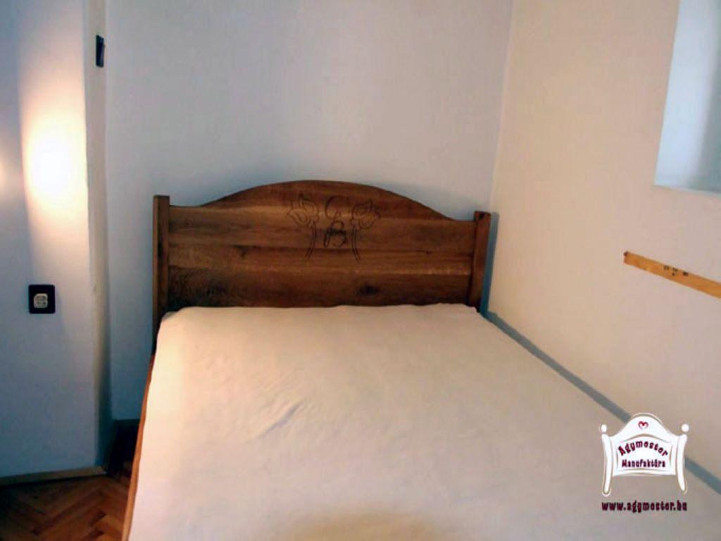 Egyedi tömörfa ágy matraccal kemény fa kivitel 90x200