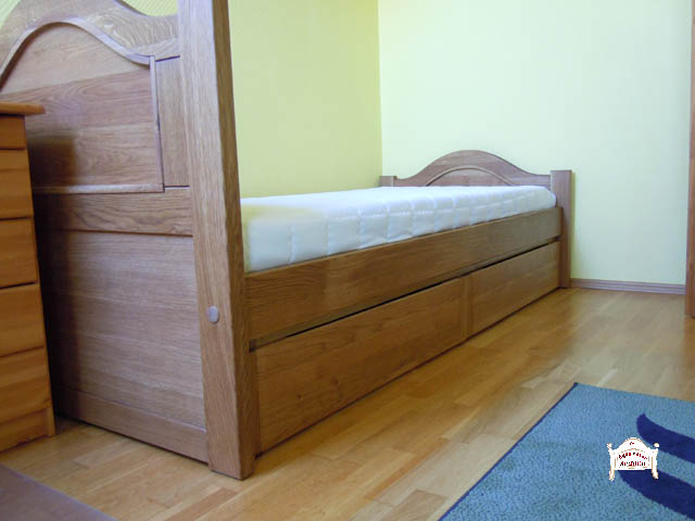 Kétfiókos felnőtt ágy keményfa anyagból, pácolt felülettel 90x200