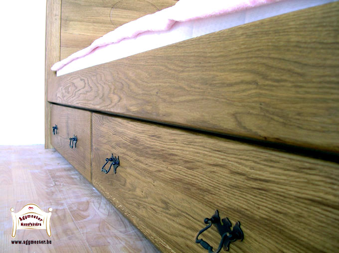 Kétfiókos ágyneműtartó tölgyfa anyagból 90x200