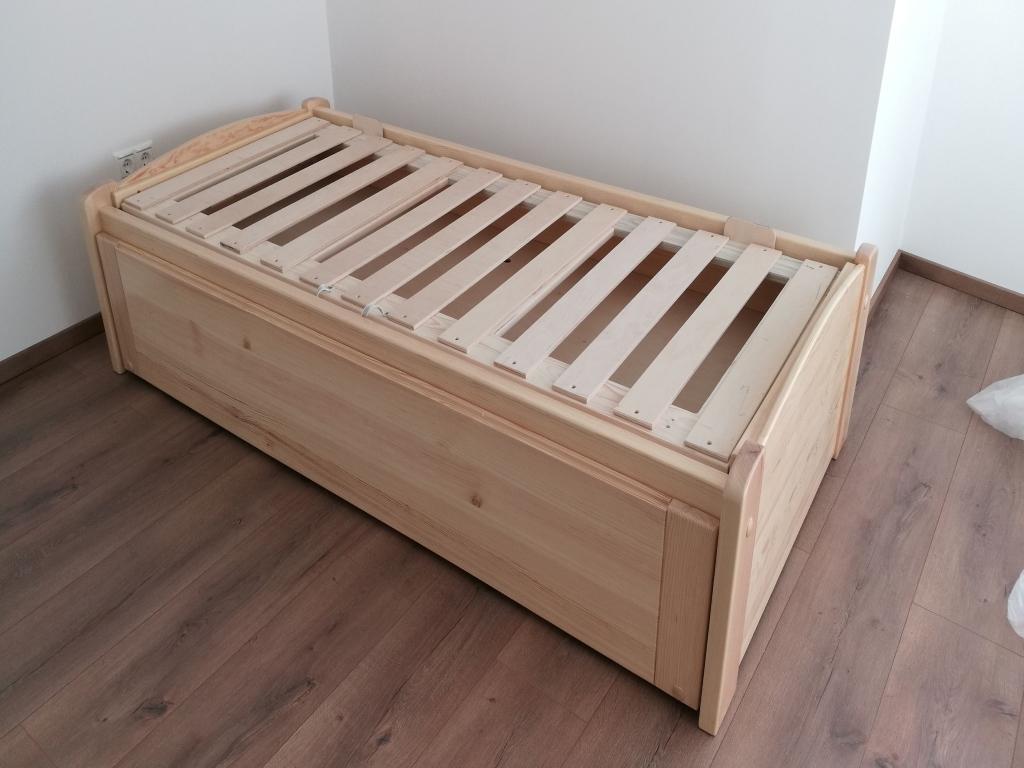 Ágymester Vendégszerető ágykeret egyedi kivitelben keményfa anyagból