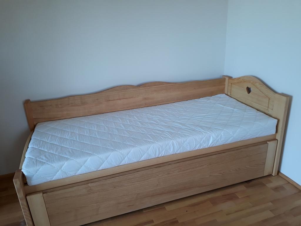 Vendégszerető ágy 160x200 180x200 méretben ágyneműtartó és vendégágy keményfa anyagból